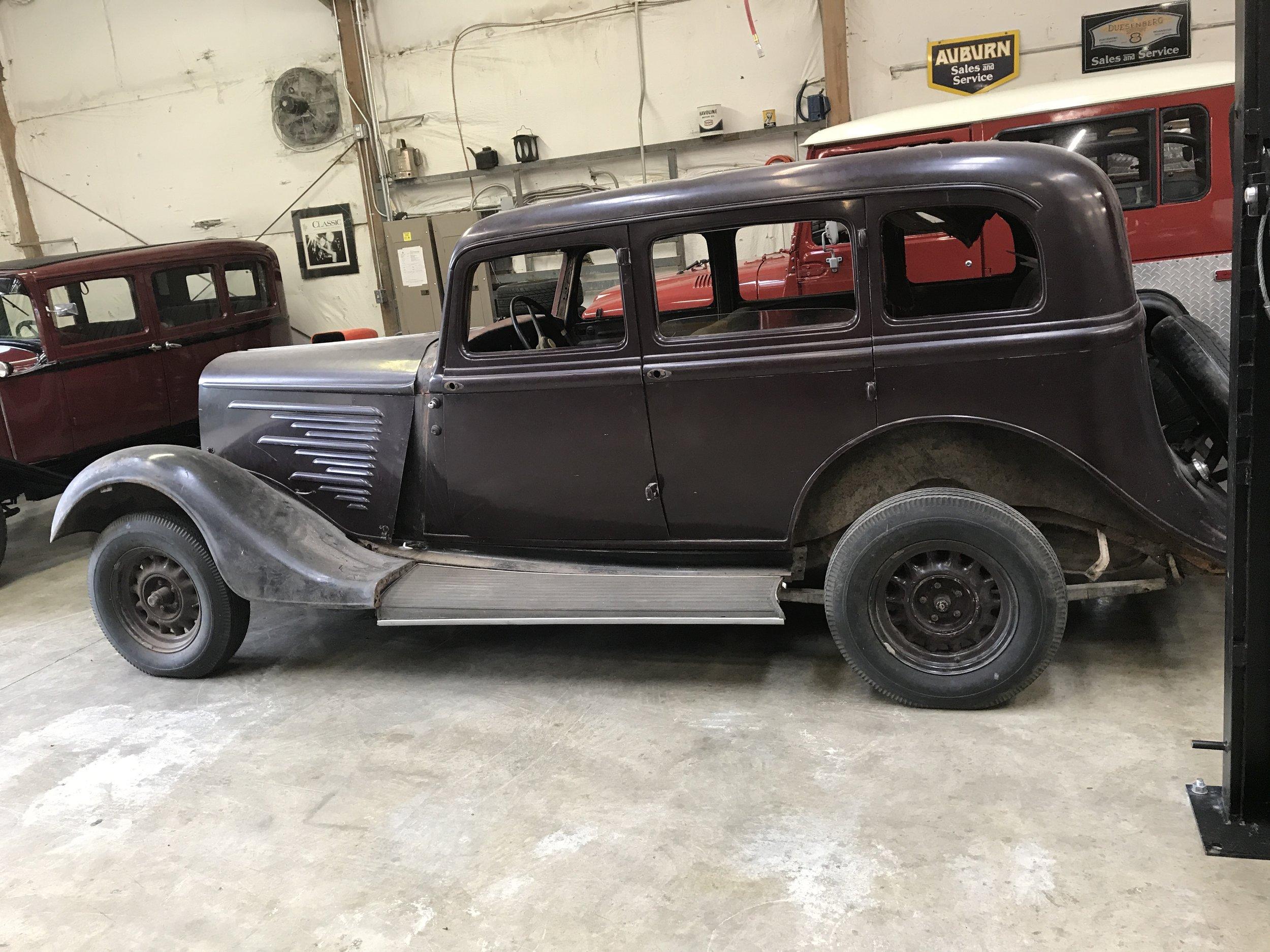 1934 Dodge Senior 6 (4).JPG