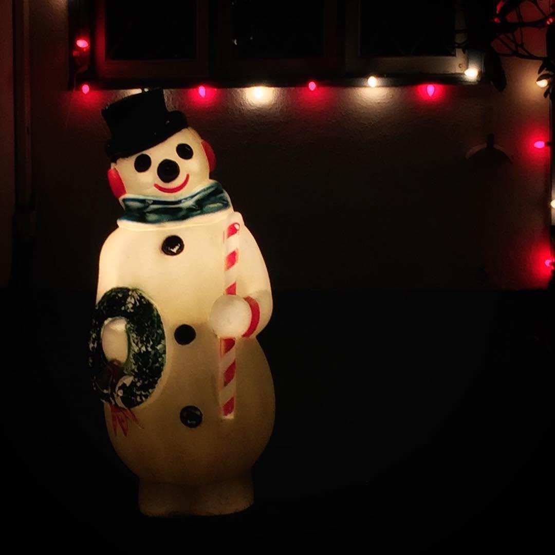 Snowman, Peacock Lane