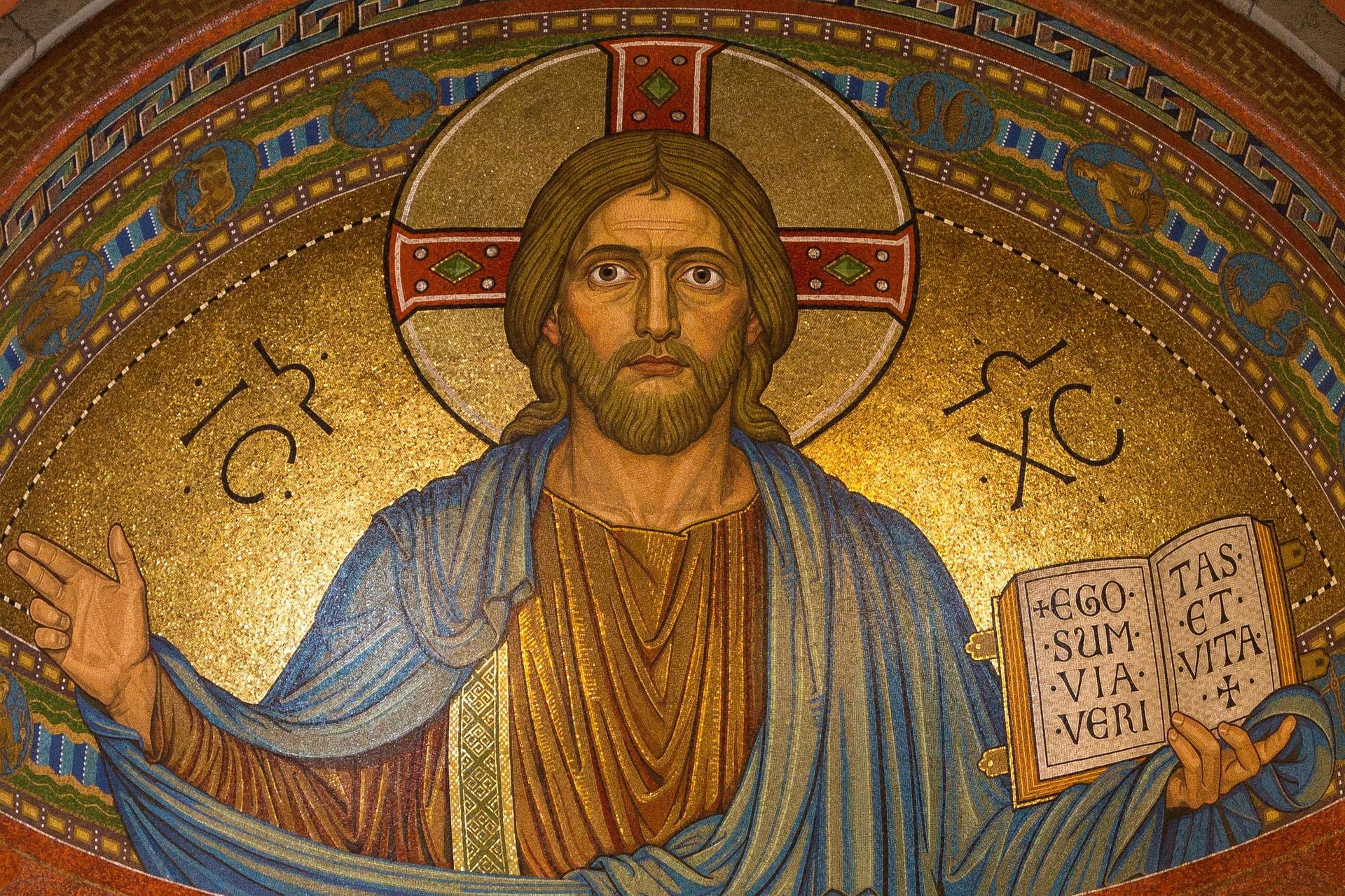 christ-898330_1920.jpg