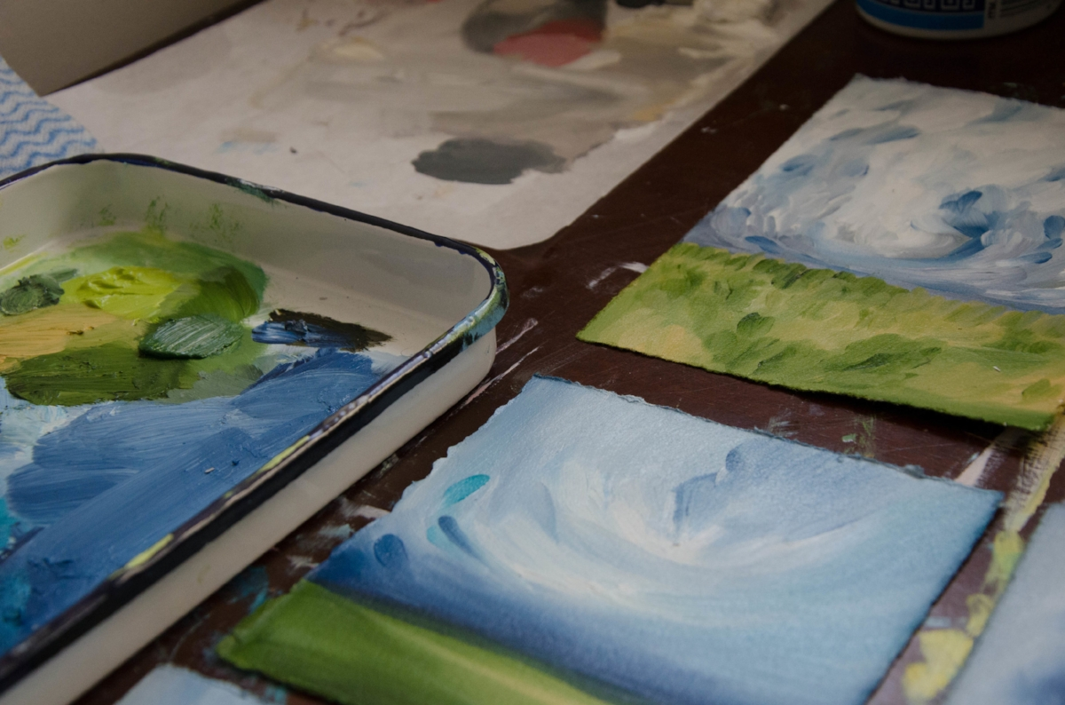 marysia-champ-canadian-prairie-landscape-artist-studio-process-brushes-studio-process