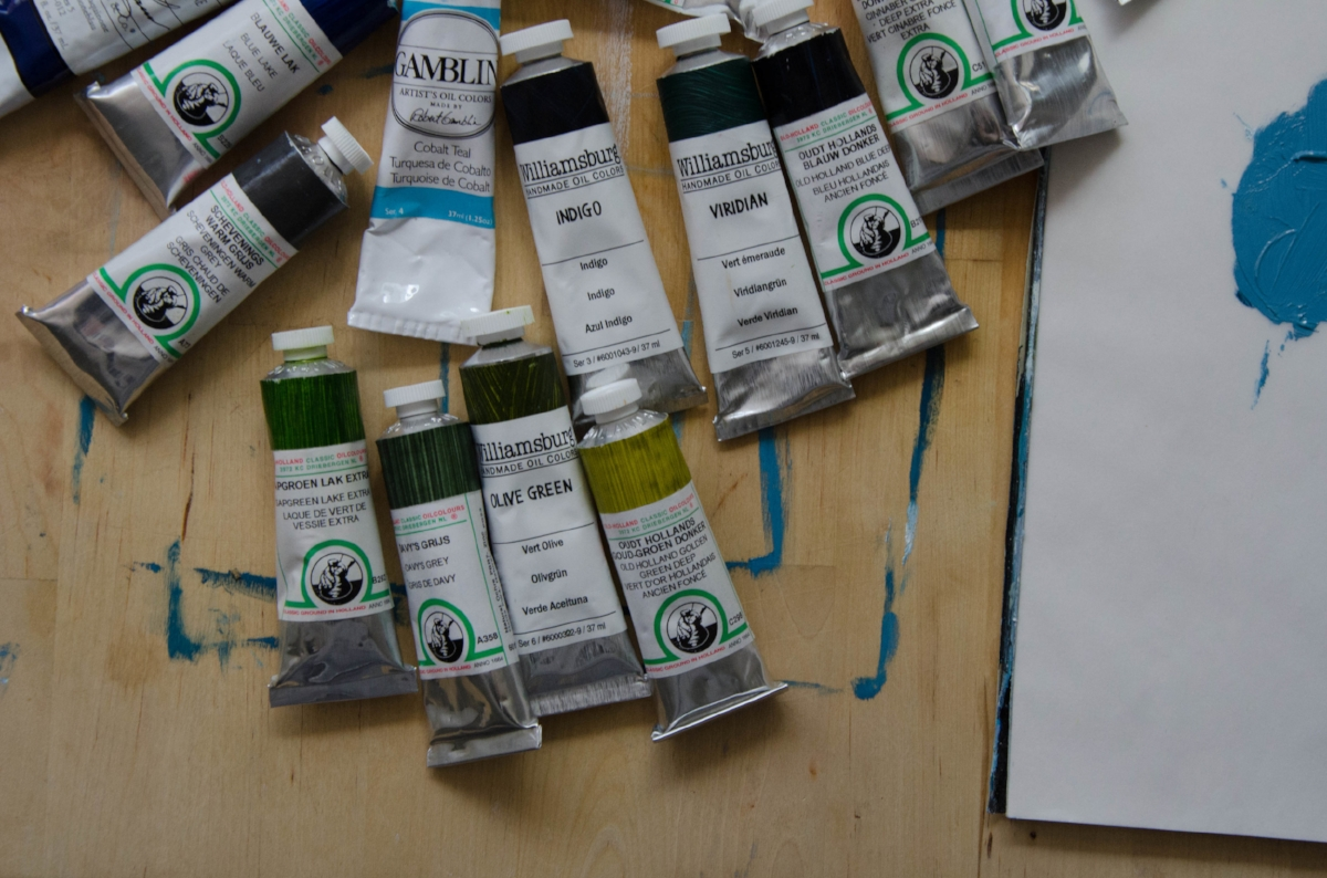 marysia-champ-art-studio-process-supplies-paint-brushes-canvas-canadian-resource-guide