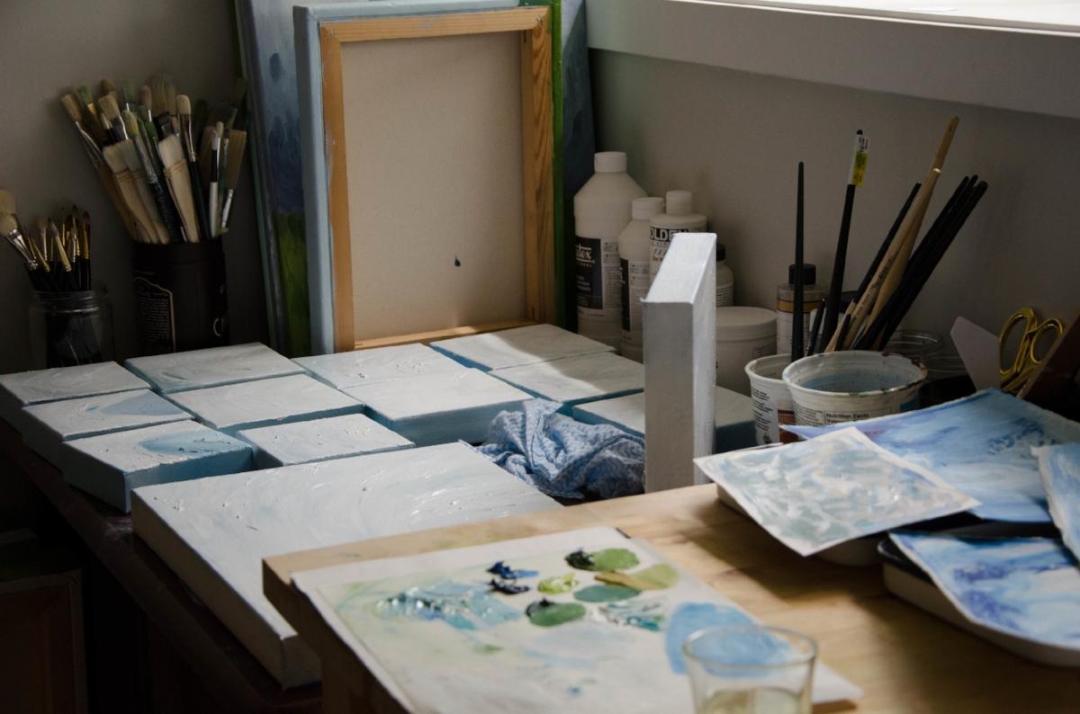 marysia-champ-canadian-prairie-landscape-artist-studio-process-brushes-artwork-progress