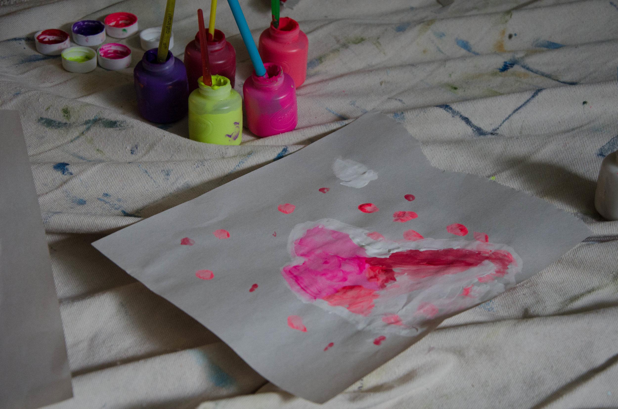 marysia-champ-art-studio-process-supplies-paint-brushes-canvas-creativity-and-kids-crayola-paints