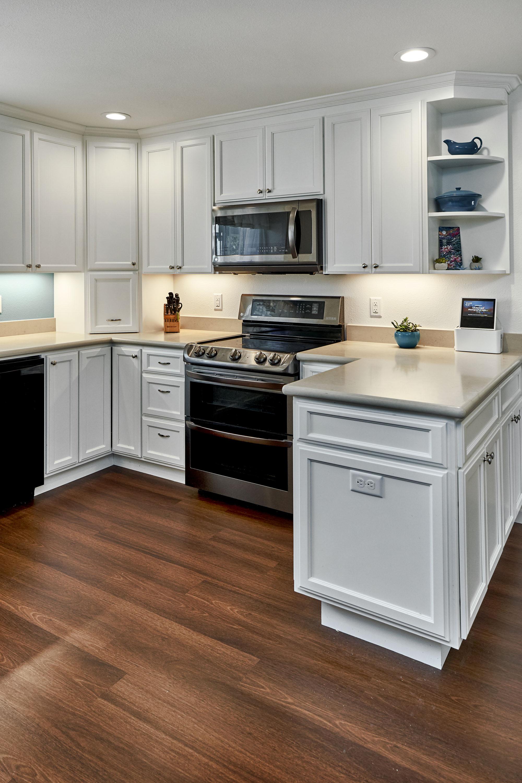 New peninsula kitchen 2.