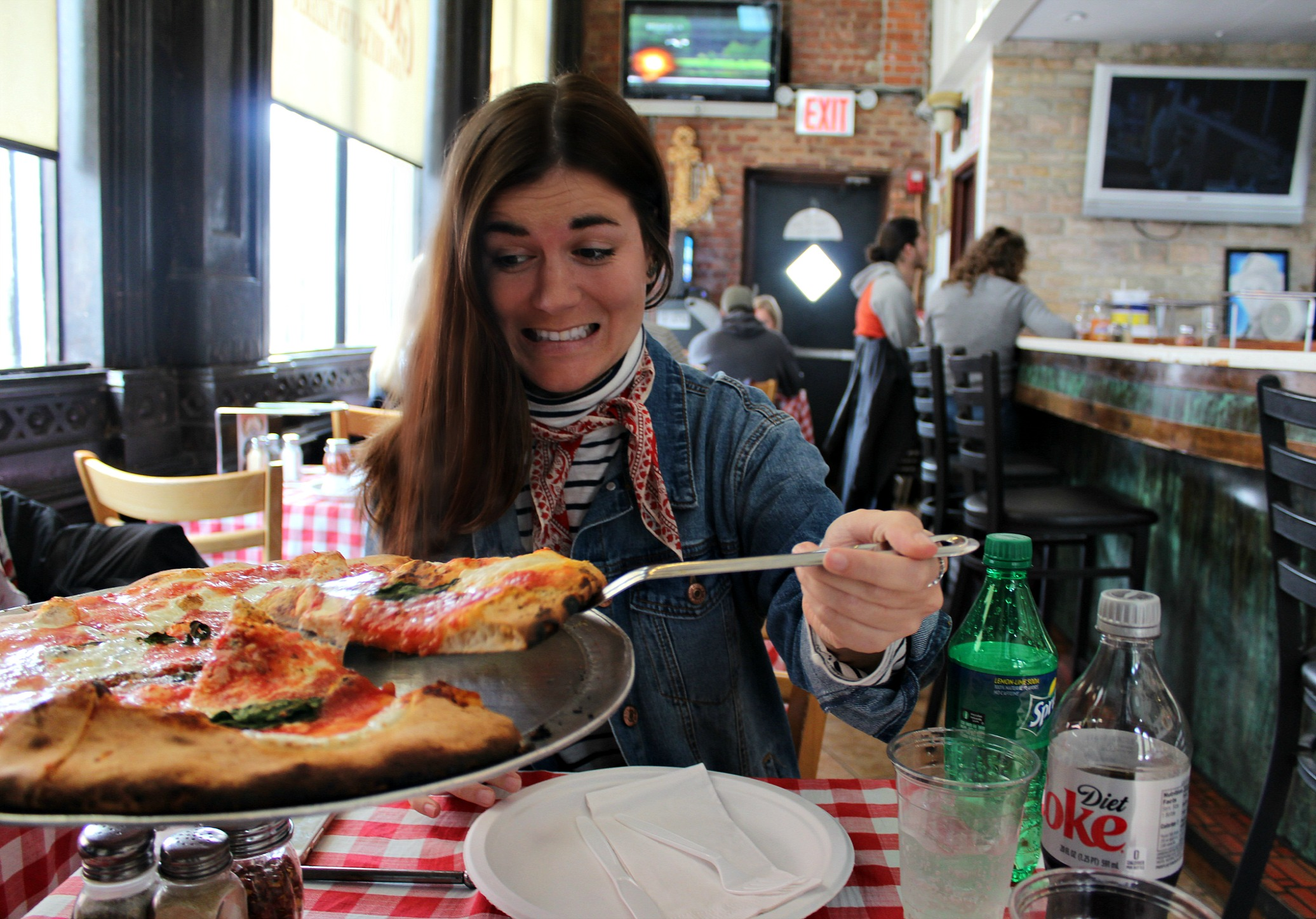 eating pizza this weekend at Grimaldi's in Brooklyn