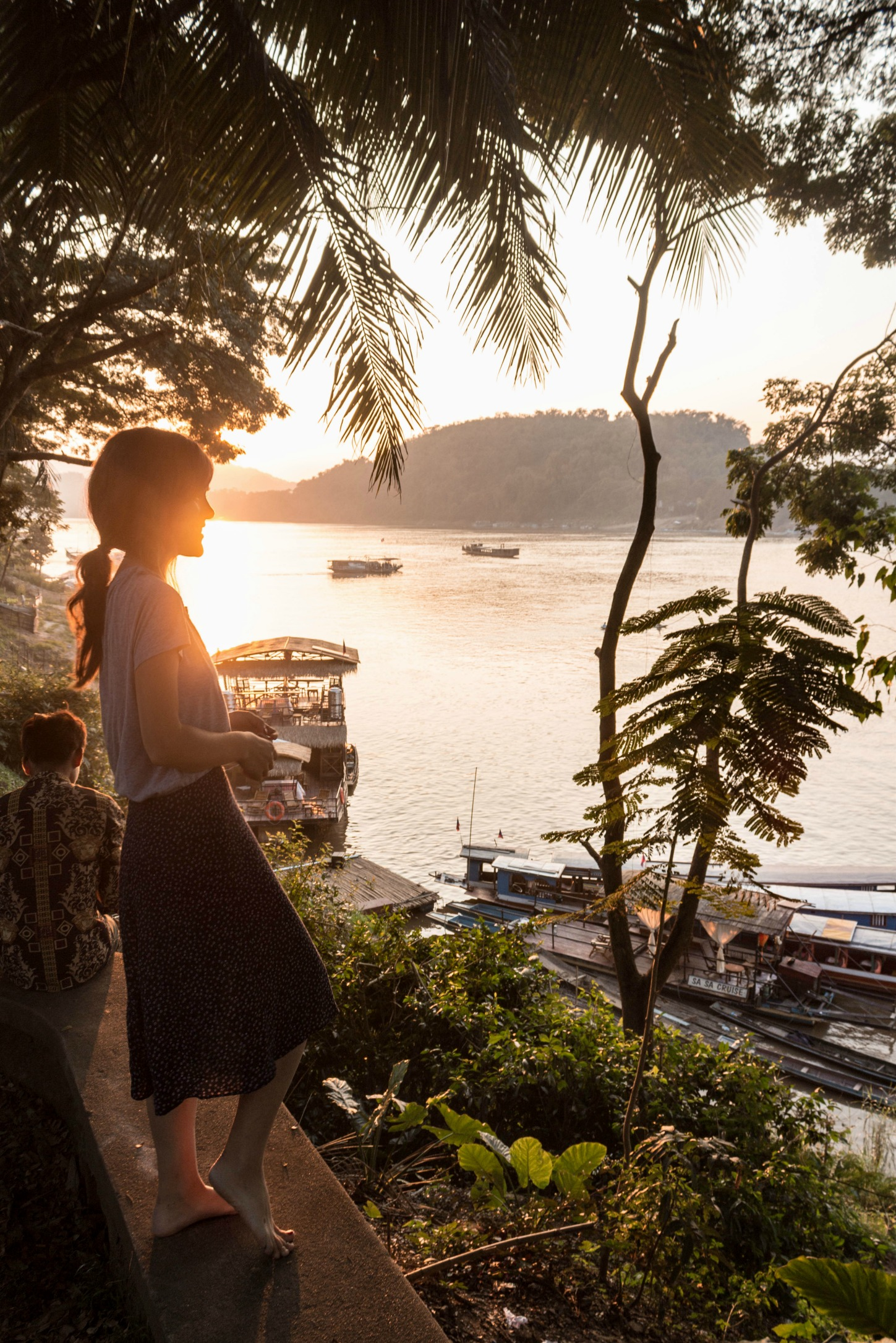 THE BEST SUNSET SPOT IN LUANG PRABANG, LAOS, IS ONLY STEPS FROM MY LOFT…AND I LIKE TO THINK THAT'S NOT A MISTAKE | EARLY DECEMBER 2018