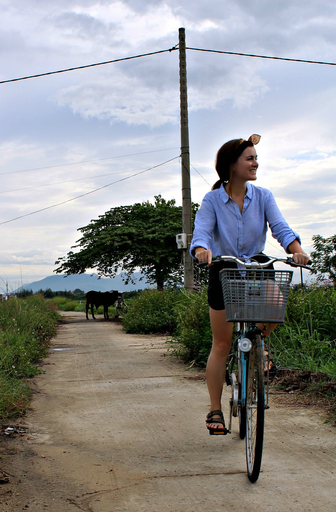 BIKING THROUGH THE RICE FIELDS OF HOI AN | JULY 2018