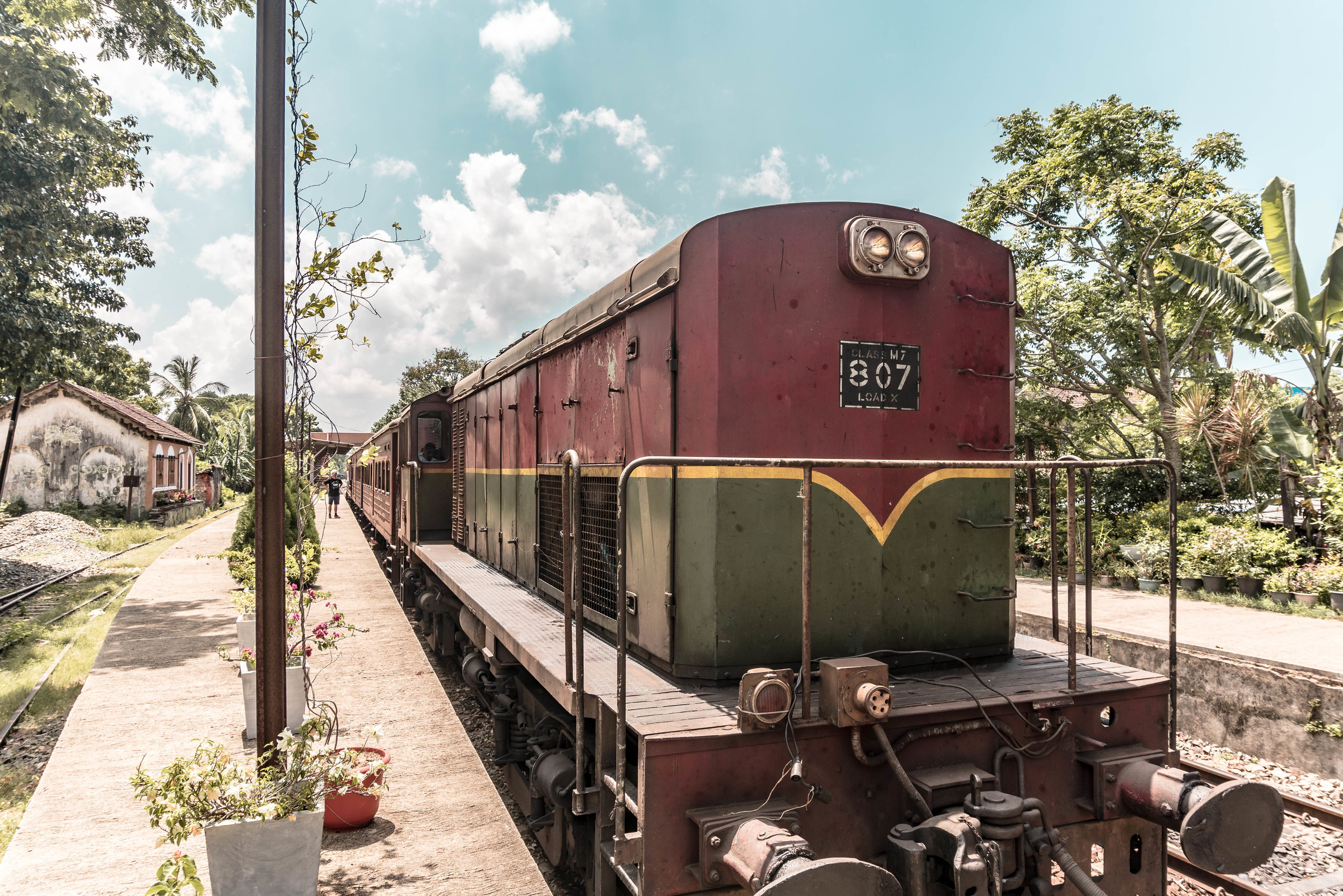 A GUIDE TO THE KANDY TO ELLA TRAIN JOURNEY IN SRI LANKA