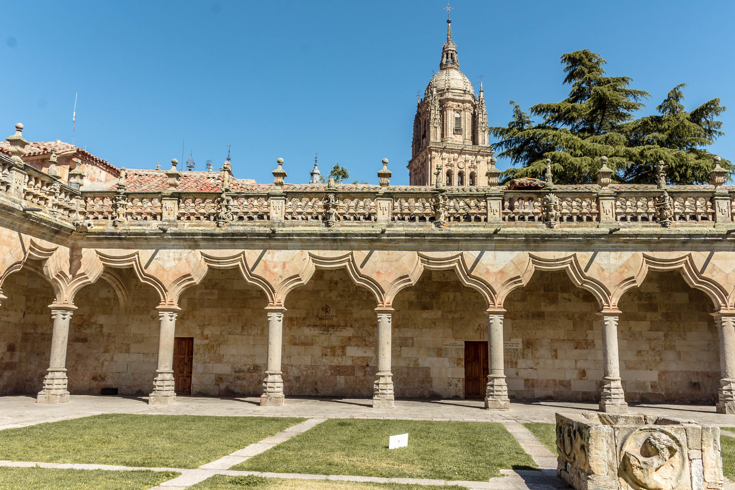 how to spend 24 hours in Salamanca, Spain: where to eat + what to see in one day {+ tips for first-time visitors}