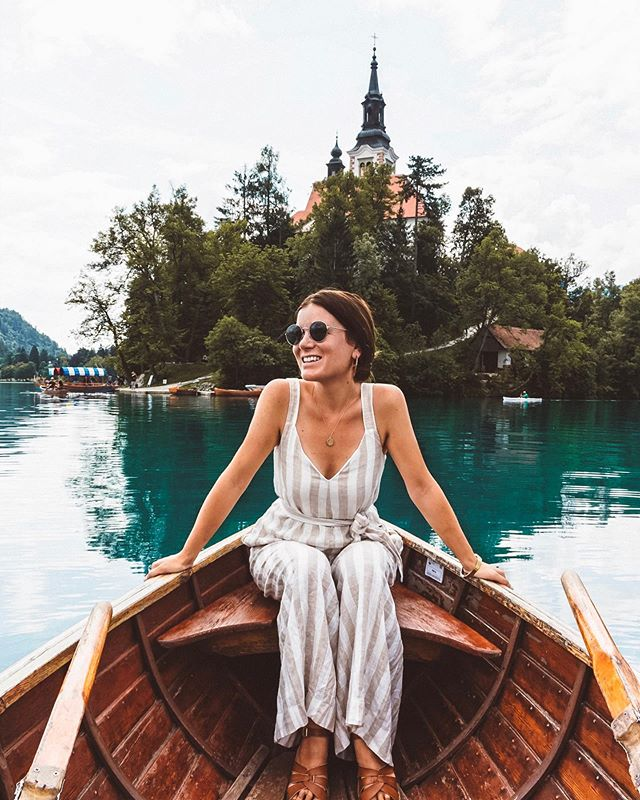 I've always known I'm happiest when outside, but apparently I'm extra happy when I'm outside in a rowboat #SLKinSlovenia 🛶 - Also, happiest when learning and getting creative— which is why I'm currently experimenting with my editing style. Why'd think?! - - - #fromwhereistand #slovenia #lakebled #journeysofgirls #traveldreamseekers #wander #femmetravel #glt #instatravel #femaletravel #canon #travelgram #athomeintheworld #passionpassport #igdaily #dametraveler #sheisnotlost #wearetravelgirls #darlingescapes #girlsborntotravel #thetravelwomen #itchyfeetgo #mytinyatlas  #travelblogger #pinktrotters #globelletravels #wheretofindme