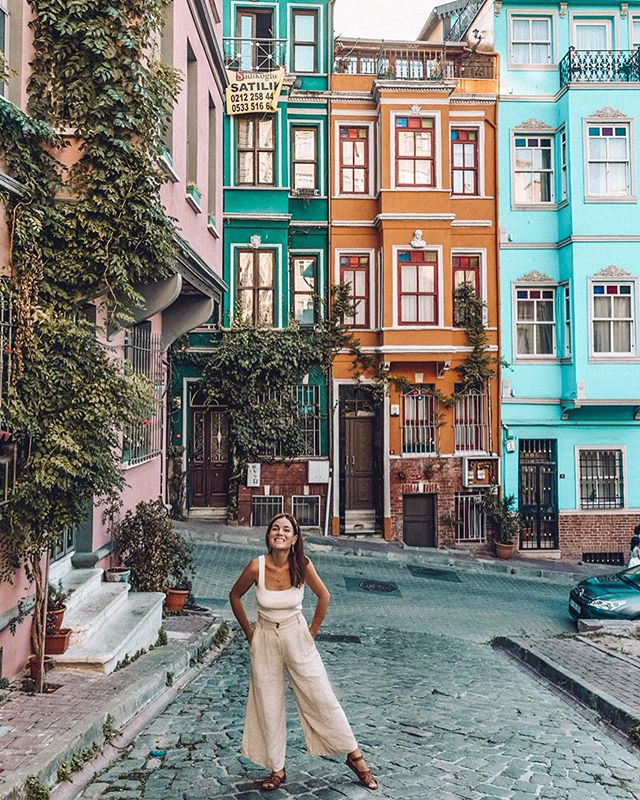GIVEAWAY to celebrate 5,000 of you joining this journey of mine 🙌🏼 - Is travel stressful to you? Because, it totally can be to me. I am not immune to mini-panic when I realize I haven't yet booked accommodation {*cough, Istanbul, cough*) or when I have two deadlines and a tour on the same day {*nudge, Ljubljana, nudge}. - My solution? WRITE IT DOWN ✍🏼 - I've been using my #gifted customized Personal Planner to keep my ducks in a row— workouts with @livekick.fitness , writing assignments, tours, accommodation, and birthdays of loved ones while I'm away. I love it so much, I've partnered with Personal Planner to give a gift card for any size planner to one of my followers anywhere in the world! - 1) like this post + tag a friend in the comments (each tag is a new entry) 2) follow me 3) follow @personalplanner That's it. Easy. Enter guys. And swipe to see my personal planner that I customized. Open worldwide. Not affiliated with Instagram. Winner announced August 17th. #SLKinTurkey - - - #giveawaycontest #thetraveltag #traveldames #turkey #visitturkey #igdaily #travelgram #balat #flashesoflight #pinktrotters #journeysofgirls #sheisnotlost #dametraveler #ladiestravelgram #traveldreamseekers #prettylittlecities #thedreamytravels #womentravel #girlslovetravel