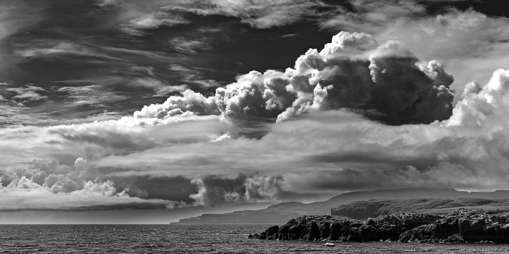 Stormy_clouds_30th_July_13_1_BW.jpg