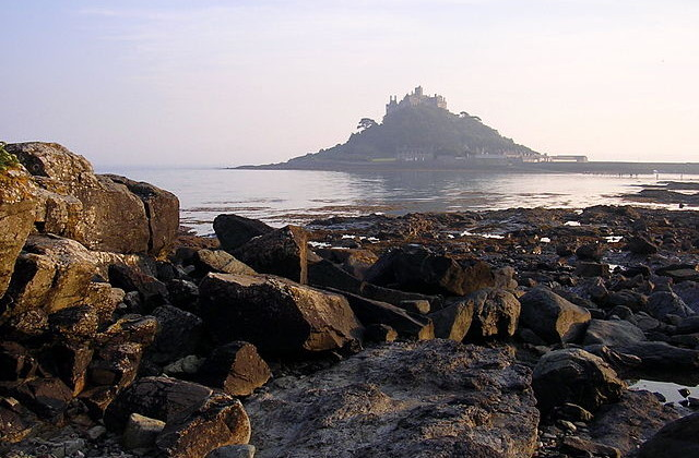 640px-St_Michaels_Mount.jpg