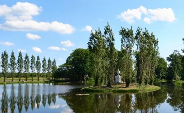 Rousseau-Island.jpg