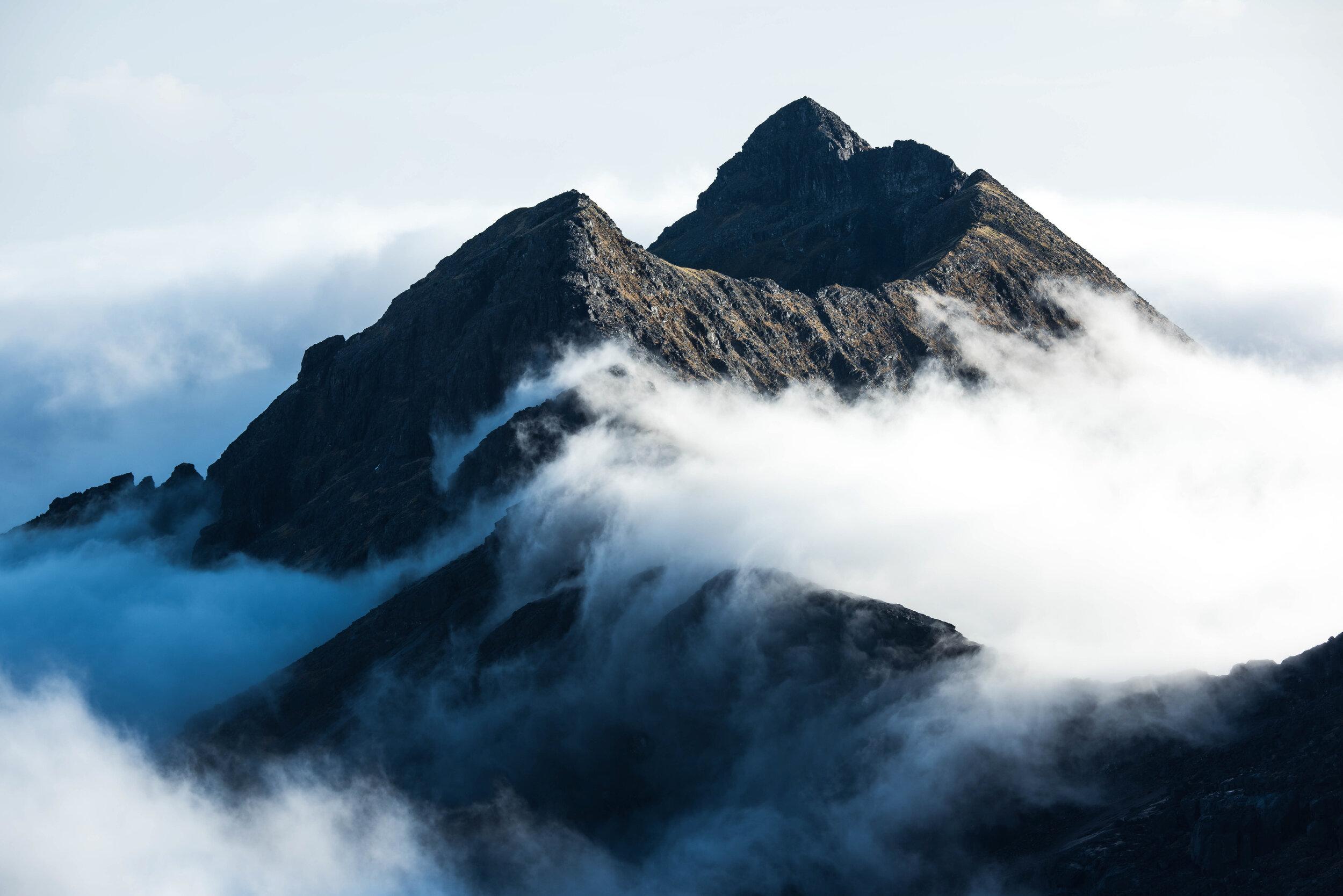 Cloud rolls over Sgurr Alisdair on Skye