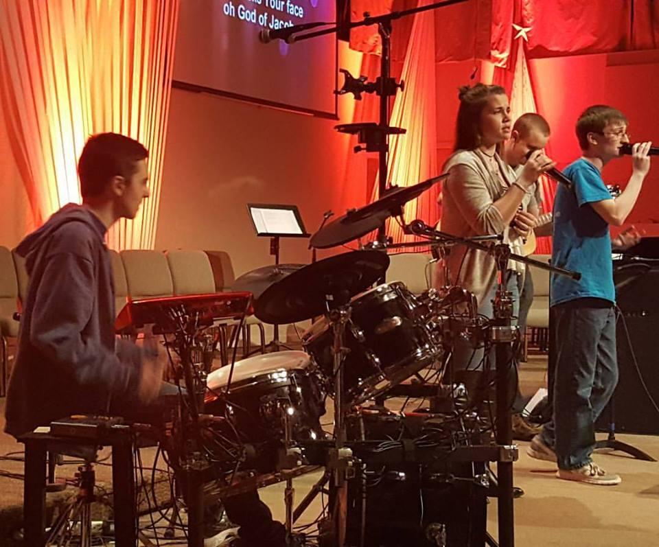 youth worship band.jpg