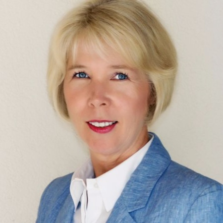 Karen Hayward   Managing Partner & CMO  Chief Outsiders