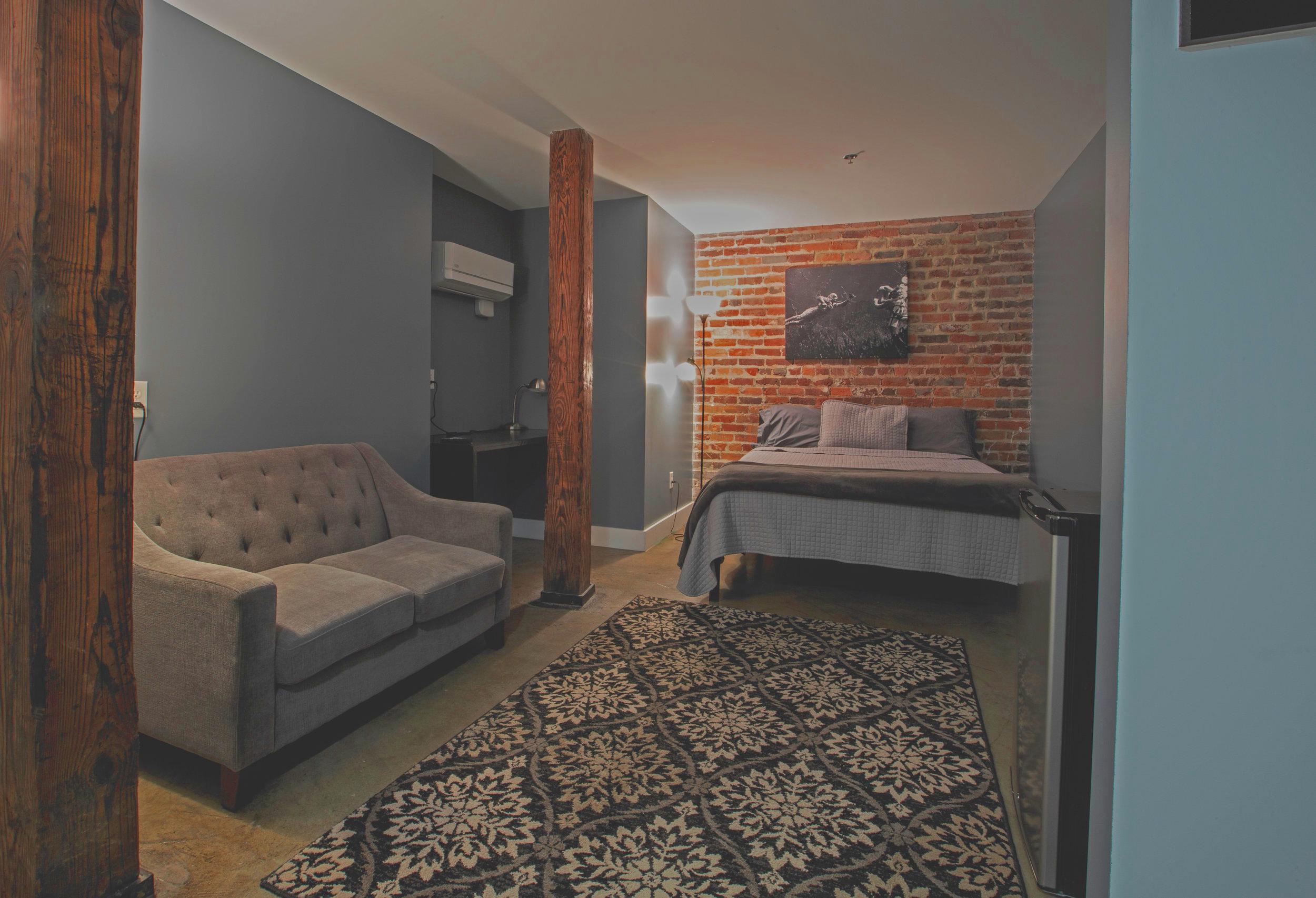 Bedroomstudio.jpg