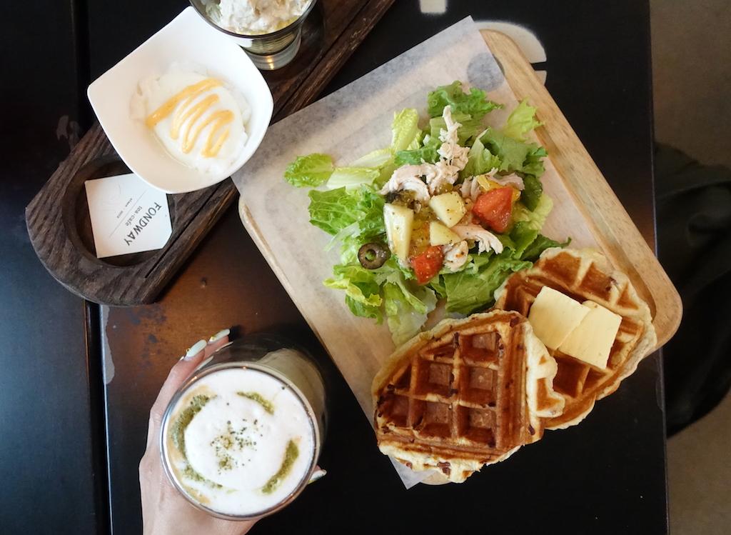 Pendulum Magazine Waffle Brunch Fondway Cafe Burnaby