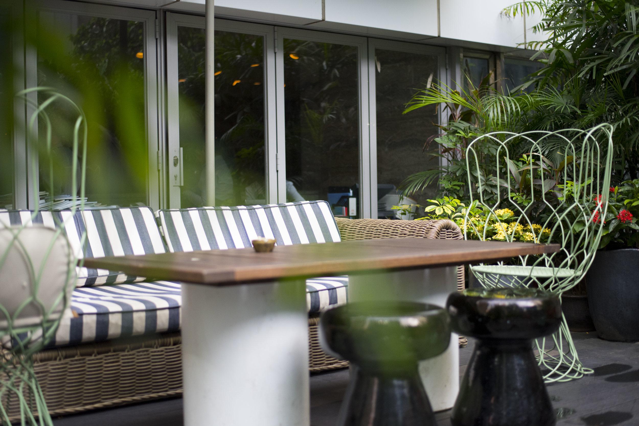 Pendulum Magazine - Duddell's Hong Kong Outdoor Terrace