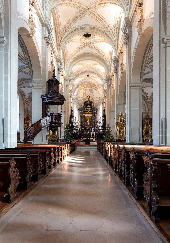 Church St. Leodegar.
