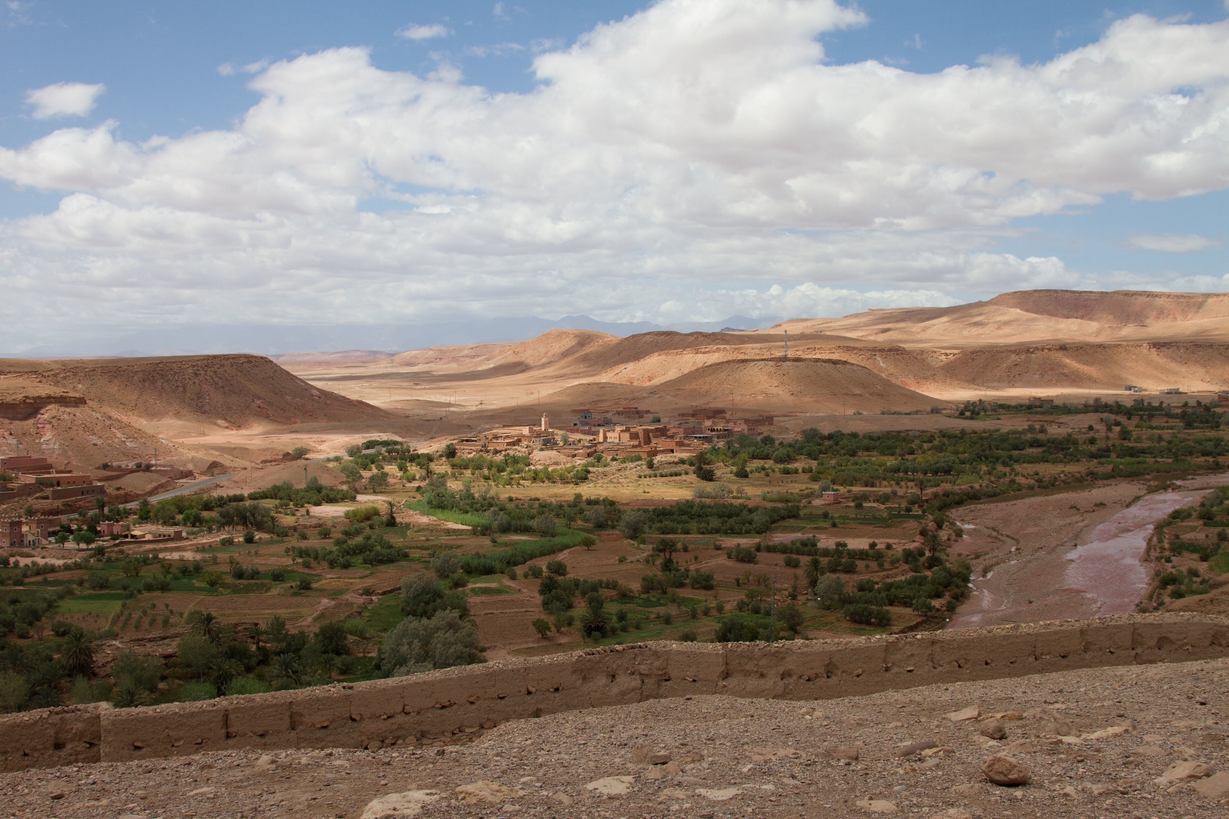 The Ait Ben Haddou, a historic ruin by the desert