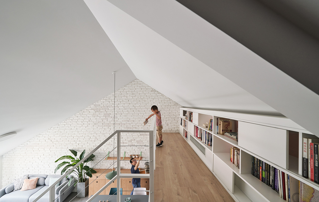 Open first and second floor encourage interaction.
