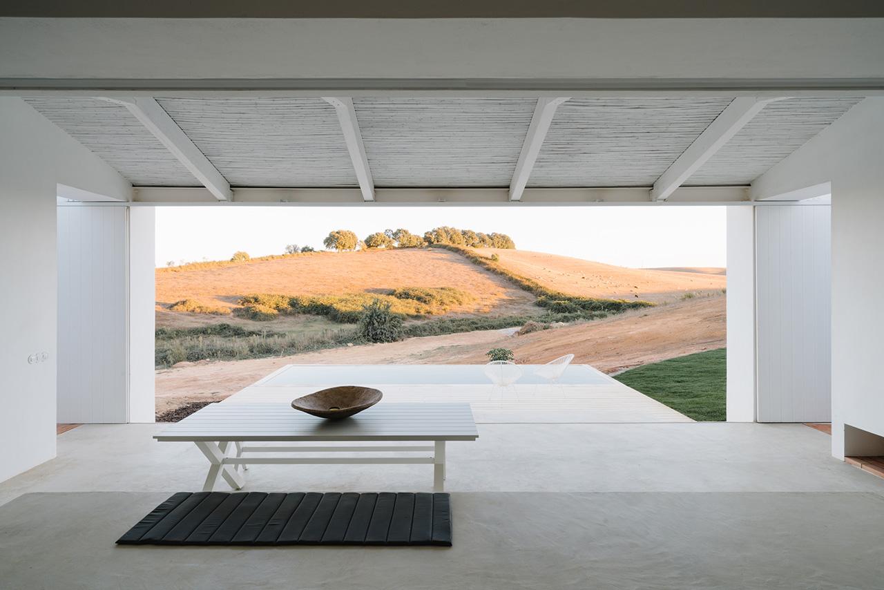 AD_17_Richard-John-Seymour_Cercal-House-by-Atelier-Data-059.jpg