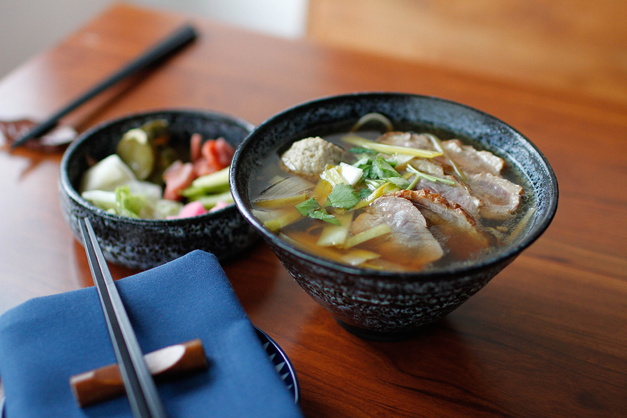 Kamonegi nanban with broth, duck breasts, duck tsukune, leek and mitsuba.