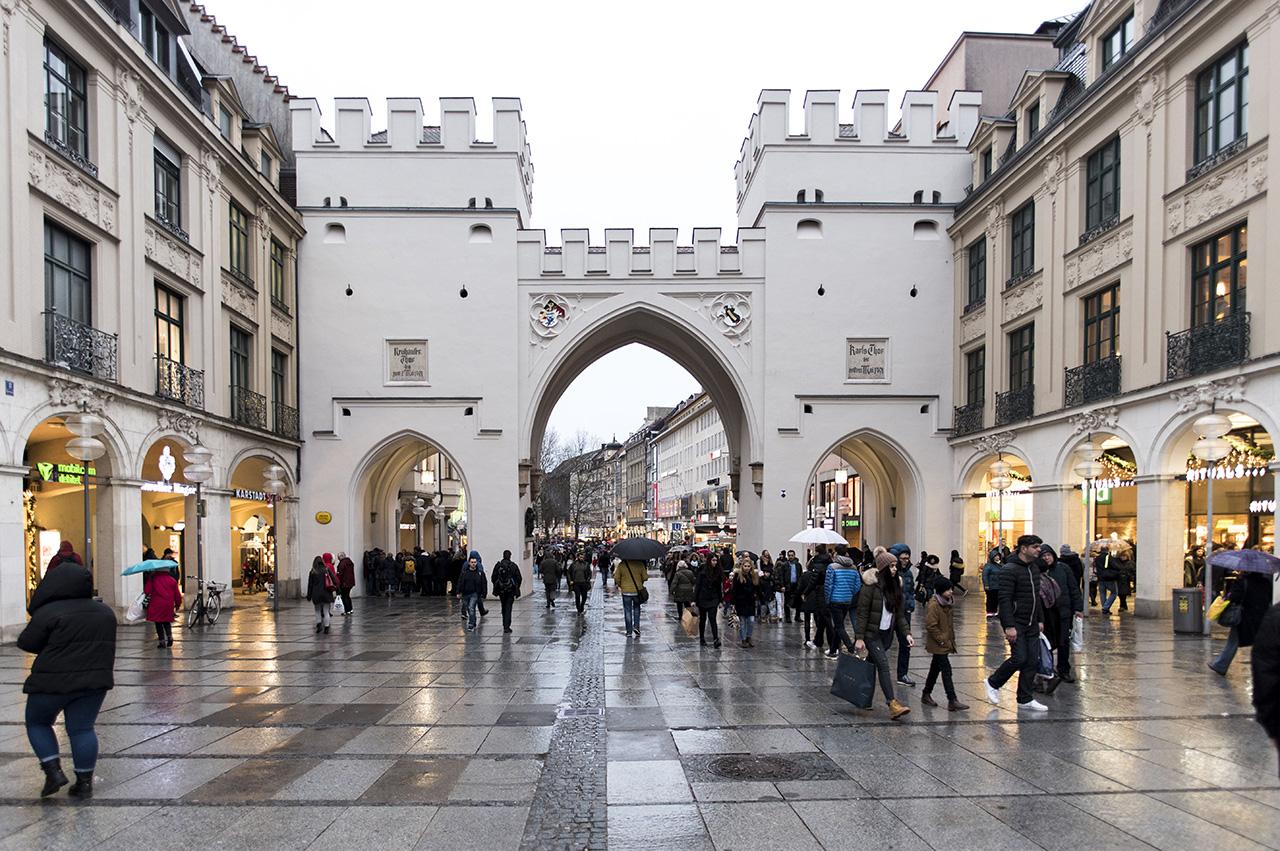 Pendulum Magazine Karlsplatz A Day in Munich