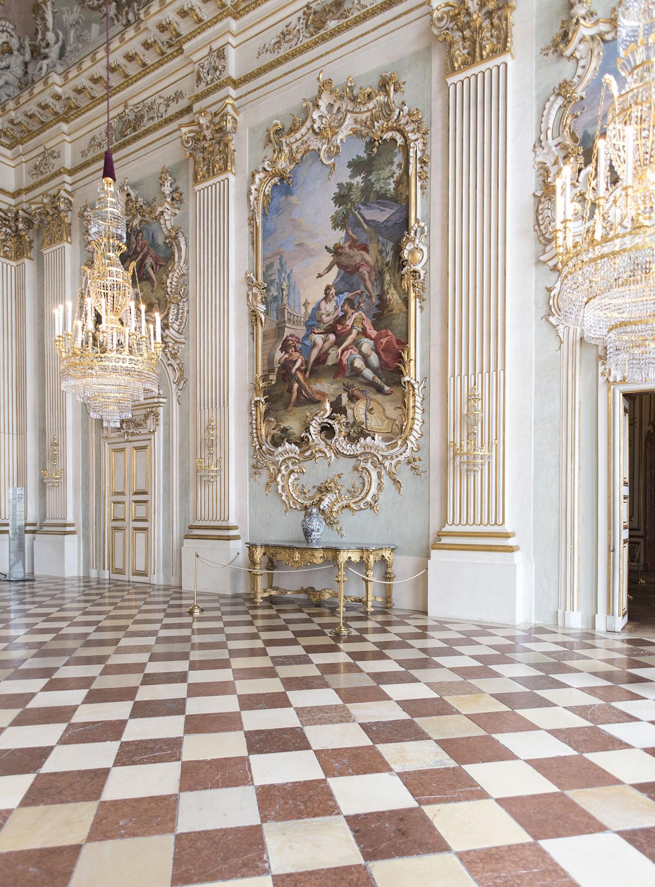 Pendulum Magazine A Day in Munich - Nymphenburg Palace