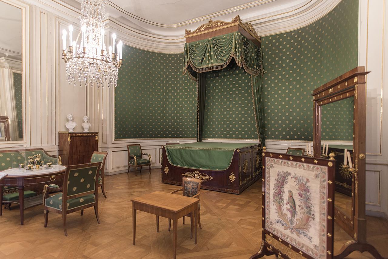 Pendulum Magazine A Day in Munich Nymphenburg Palace