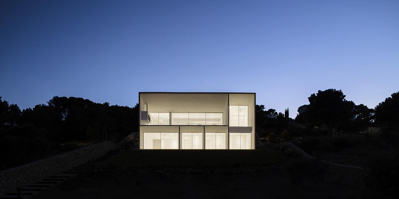 NOMO STUDIO Frame House by Adrià Goula X Pendulum Magazine