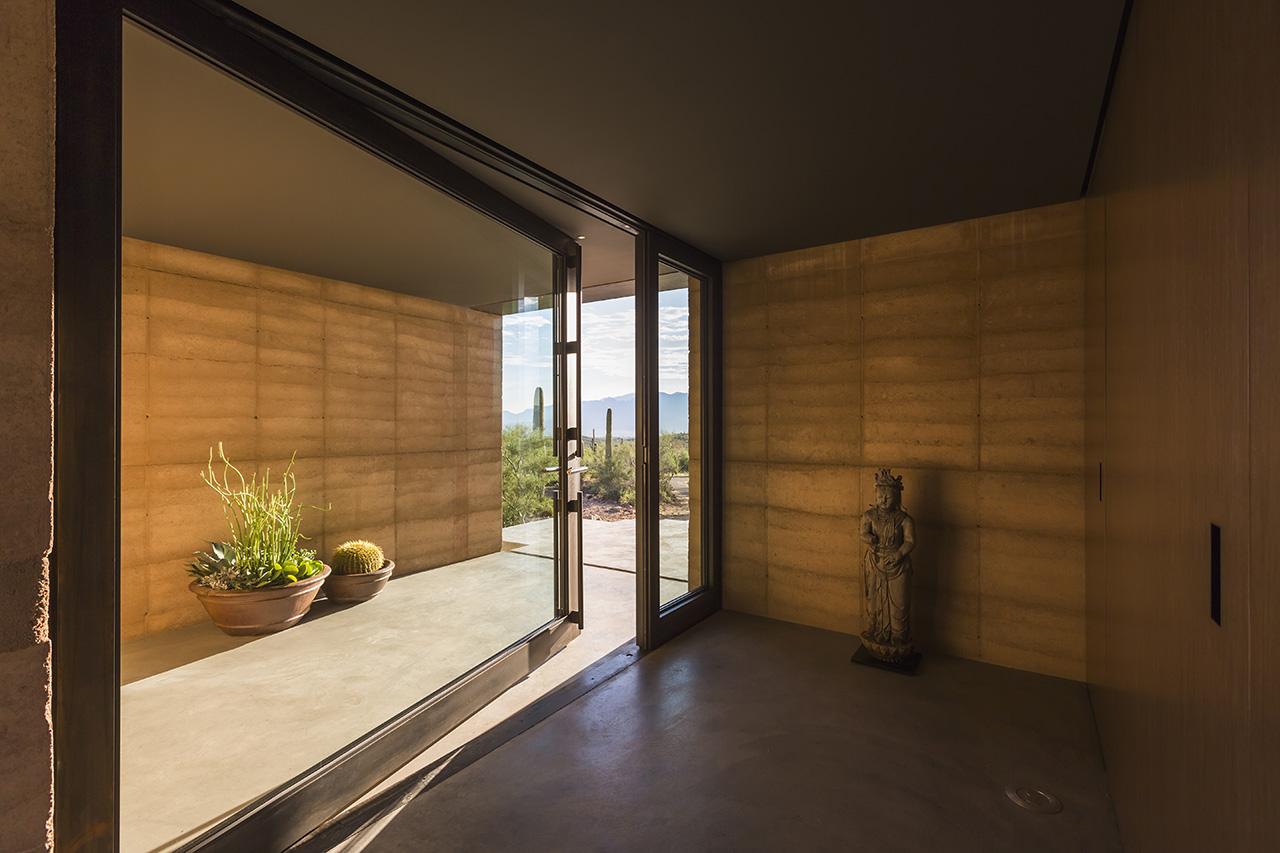 Tucson Mountain Retreat, Tucson, Arizona, DUST, architect/contra