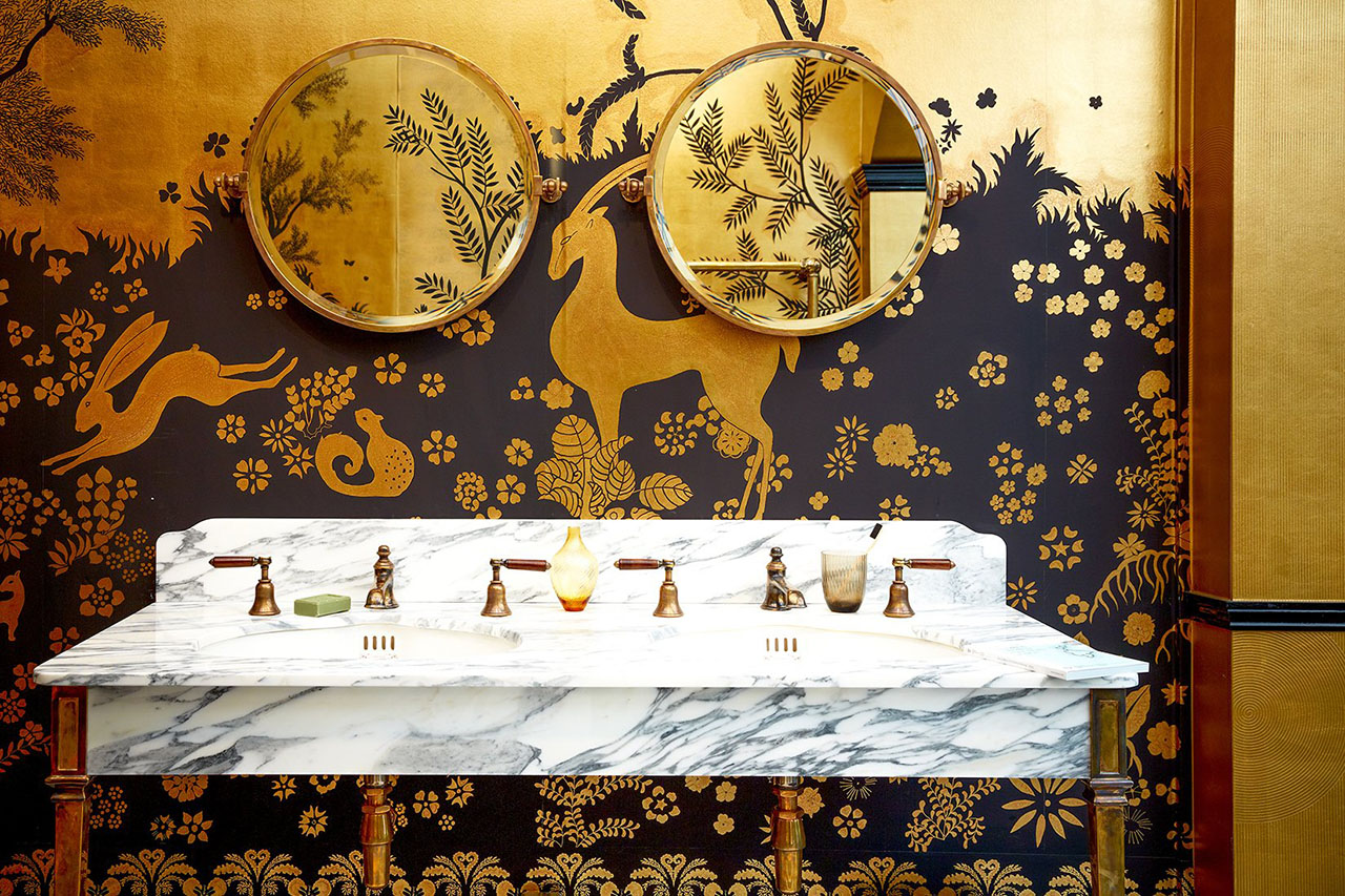"""""""Rateau"""" Design in standard design colours on gold bullion gilded paper with crackled paper and crackled glaze antiquing. Styling by Tara Craig."""