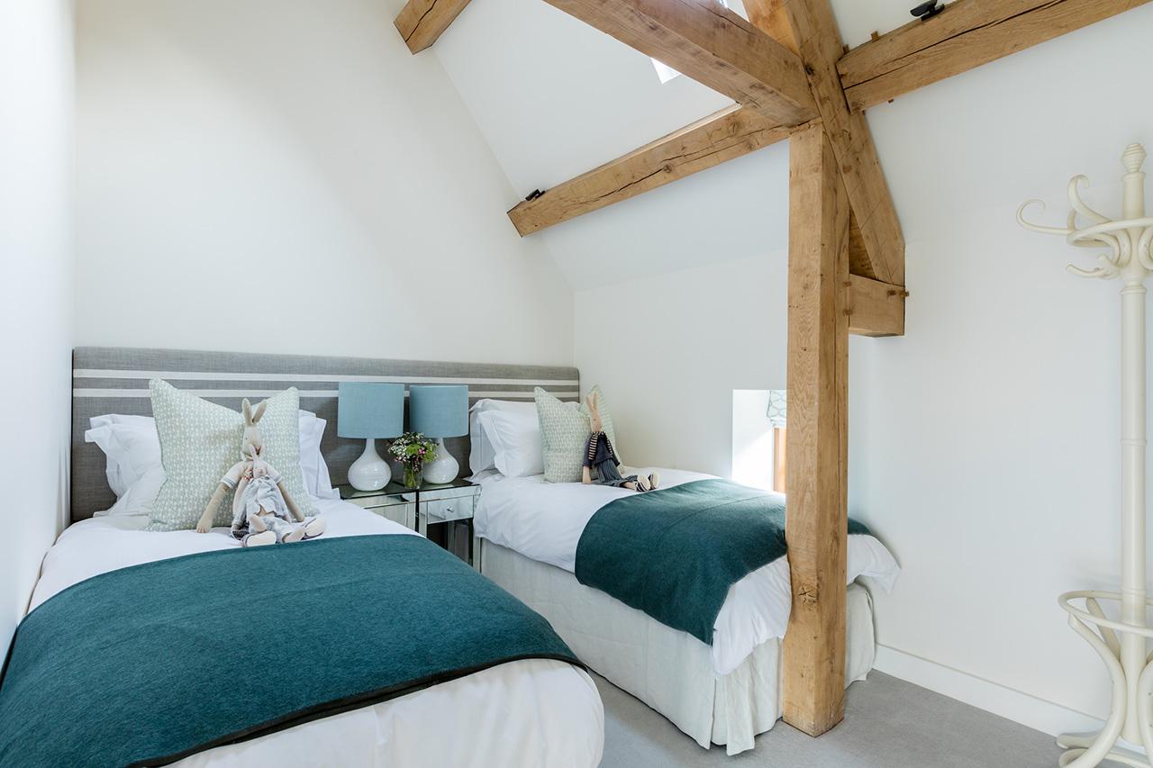 Oxfordshire Barn Katherine Pooley X Pendulum Magazine
