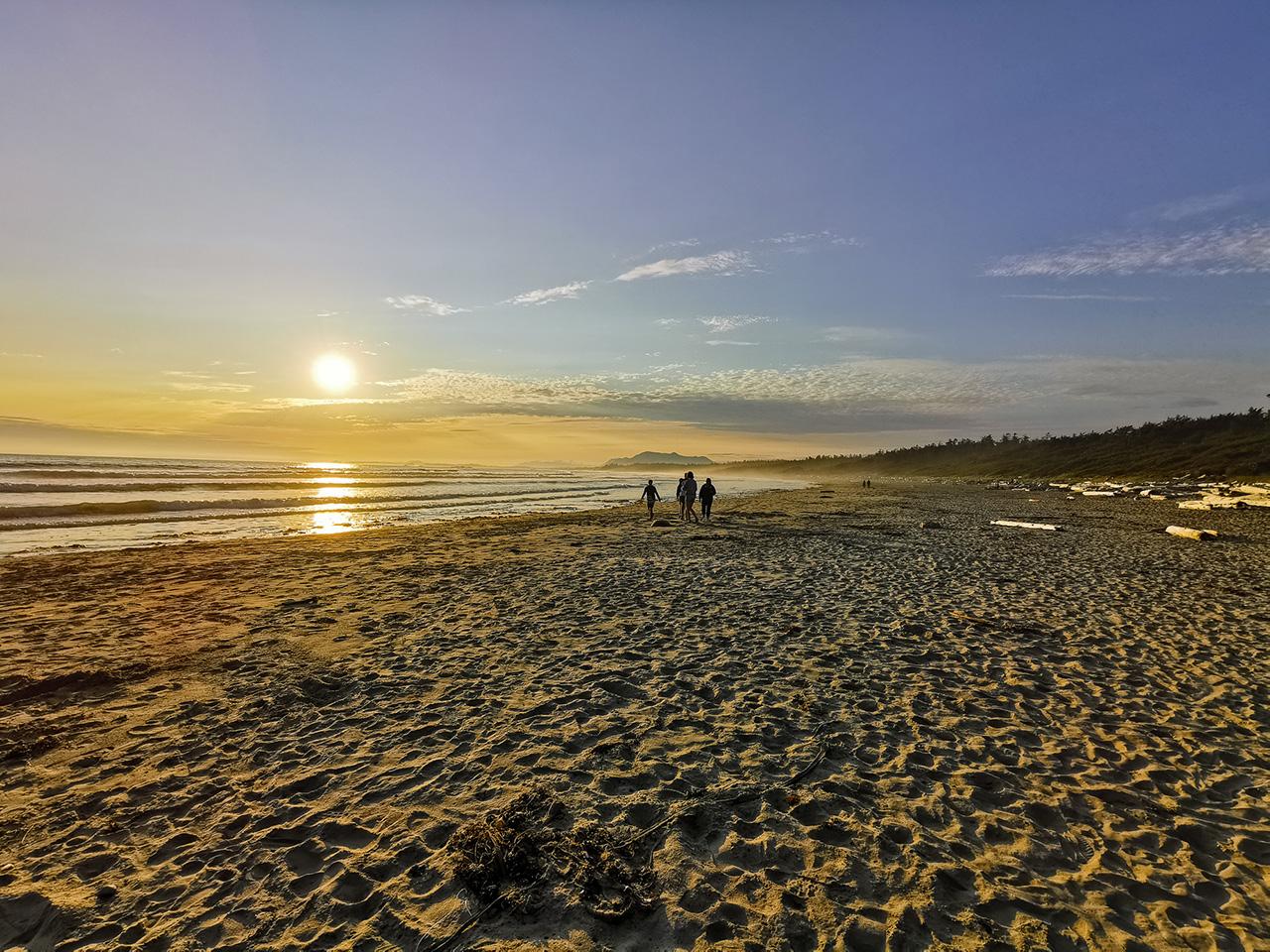 Sunset Tofino Beach