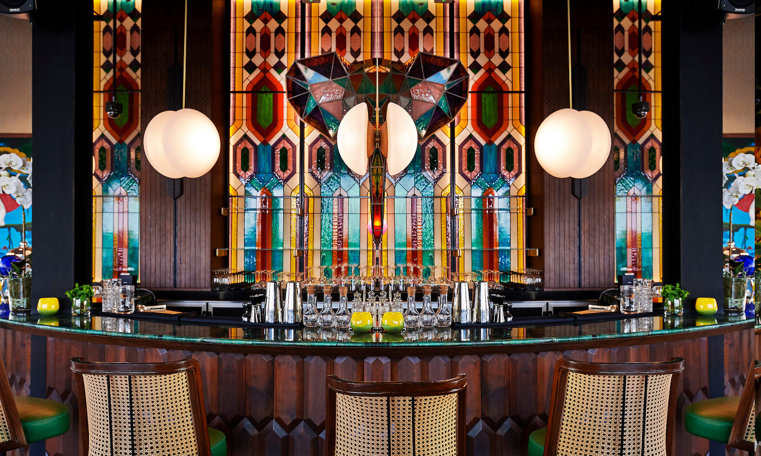 Stained-glass elephant bar in Masti