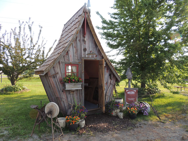 Garden Sheds-The Rustic Way