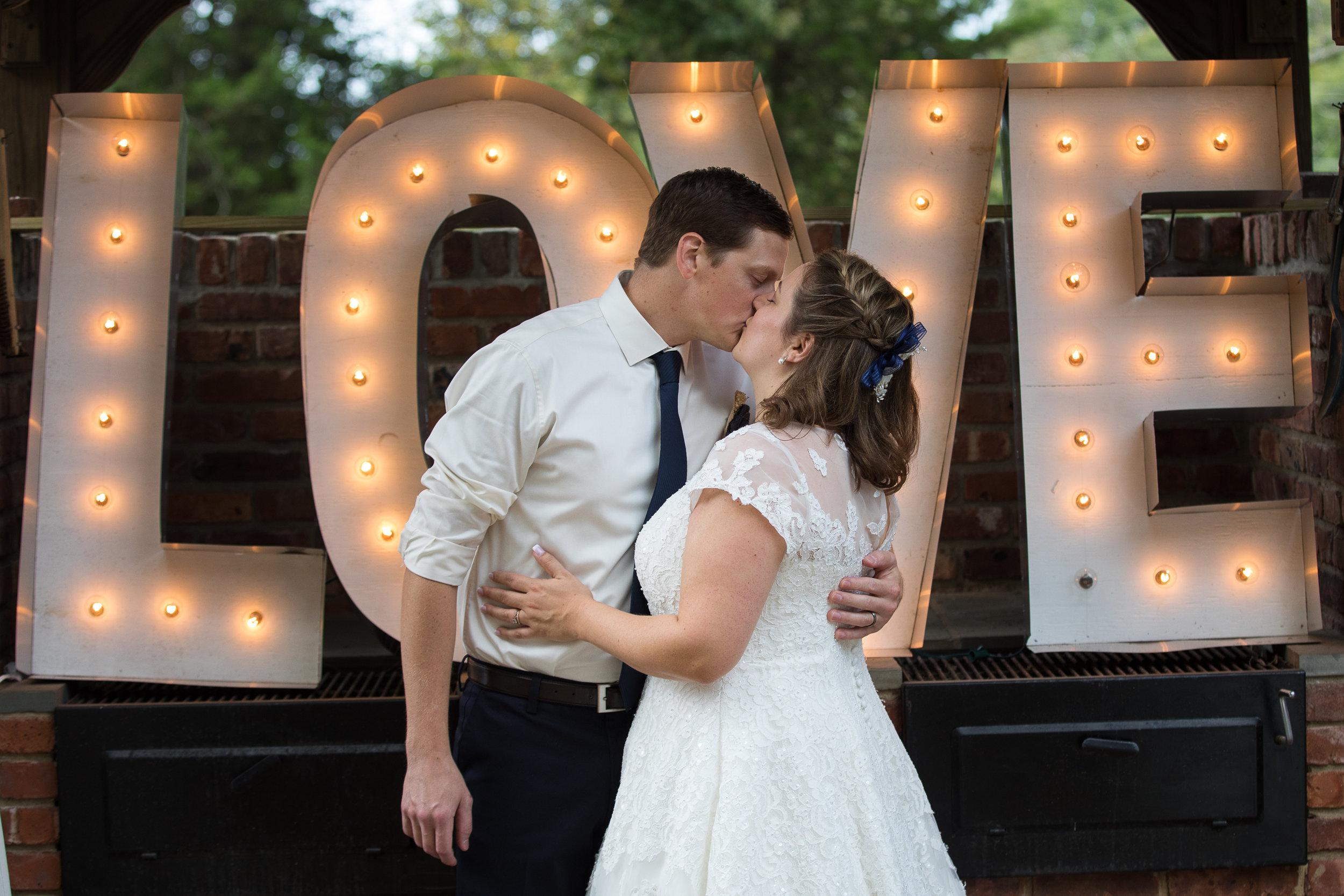 Pete and Amanda's Flemington Wedding -