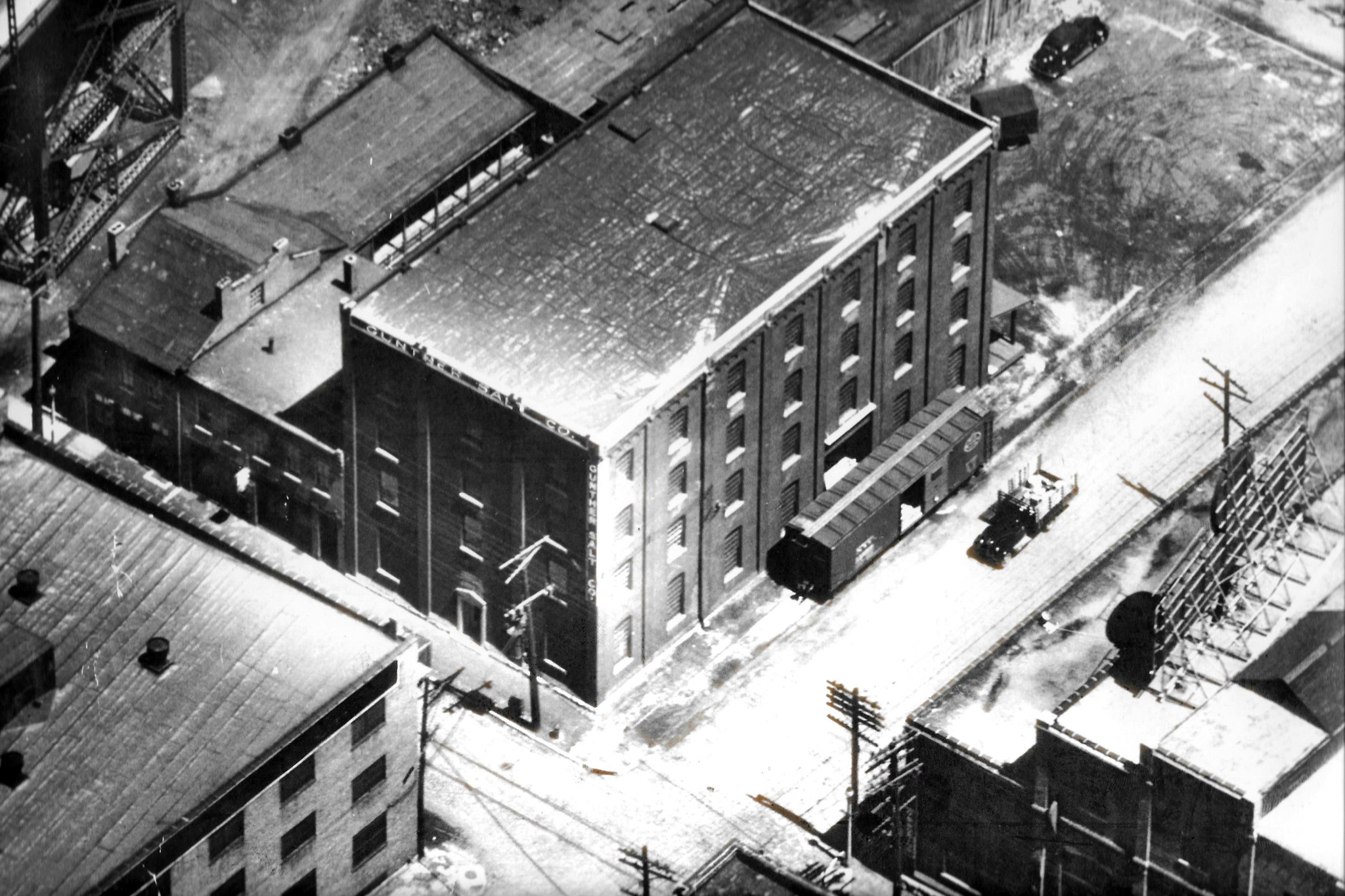 For most of it's history, Gunther Salt Company was located at 2nd Street and Chouteau Avenue near the south leg of the Gateway Arch. These buildings are still standing.