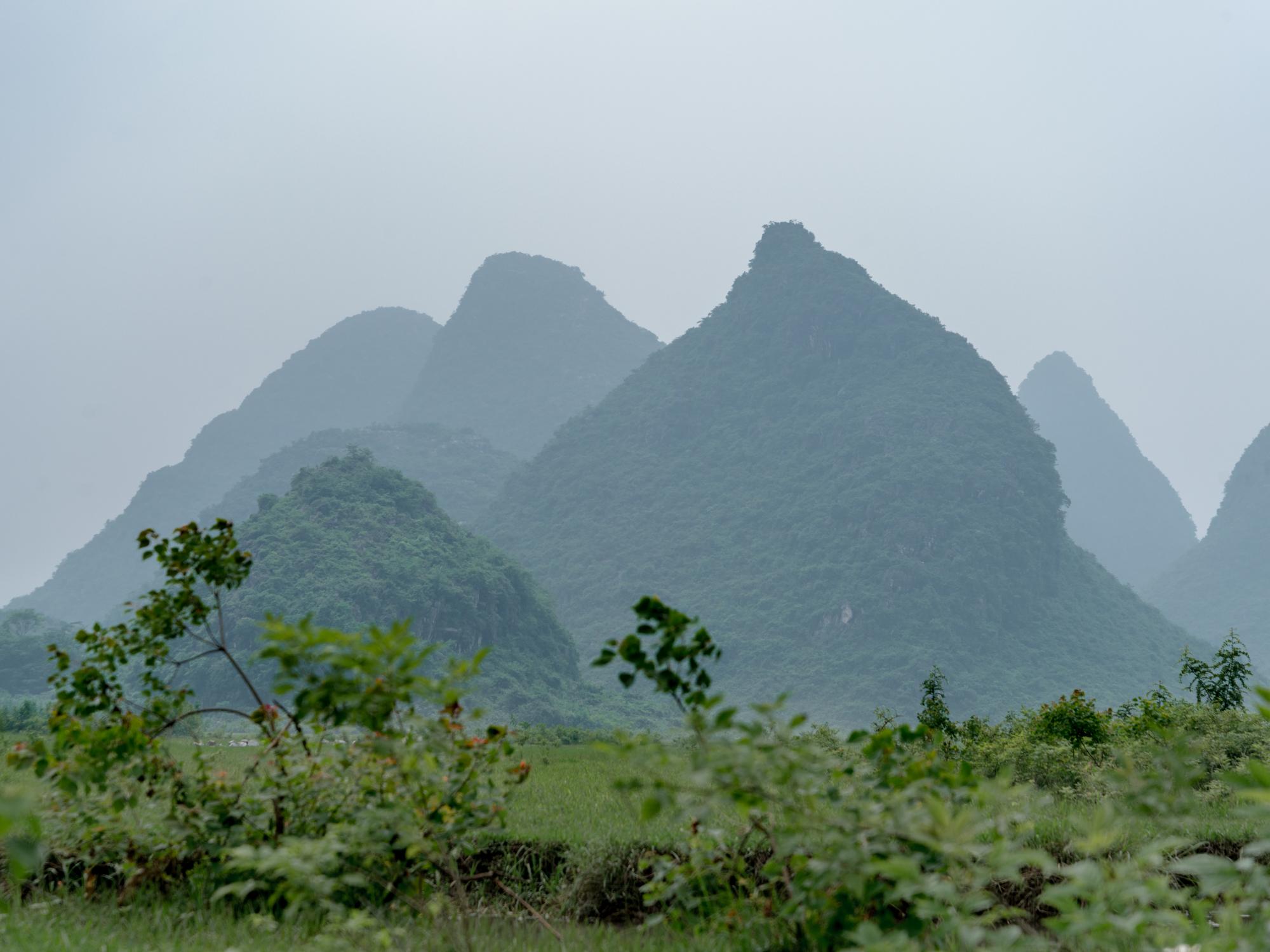Leda Costa Guilin China 1.jpg