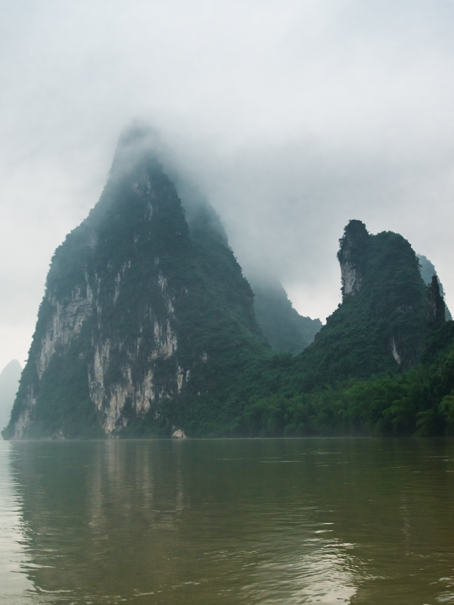 Leda Costa Guilin China 6.jpg