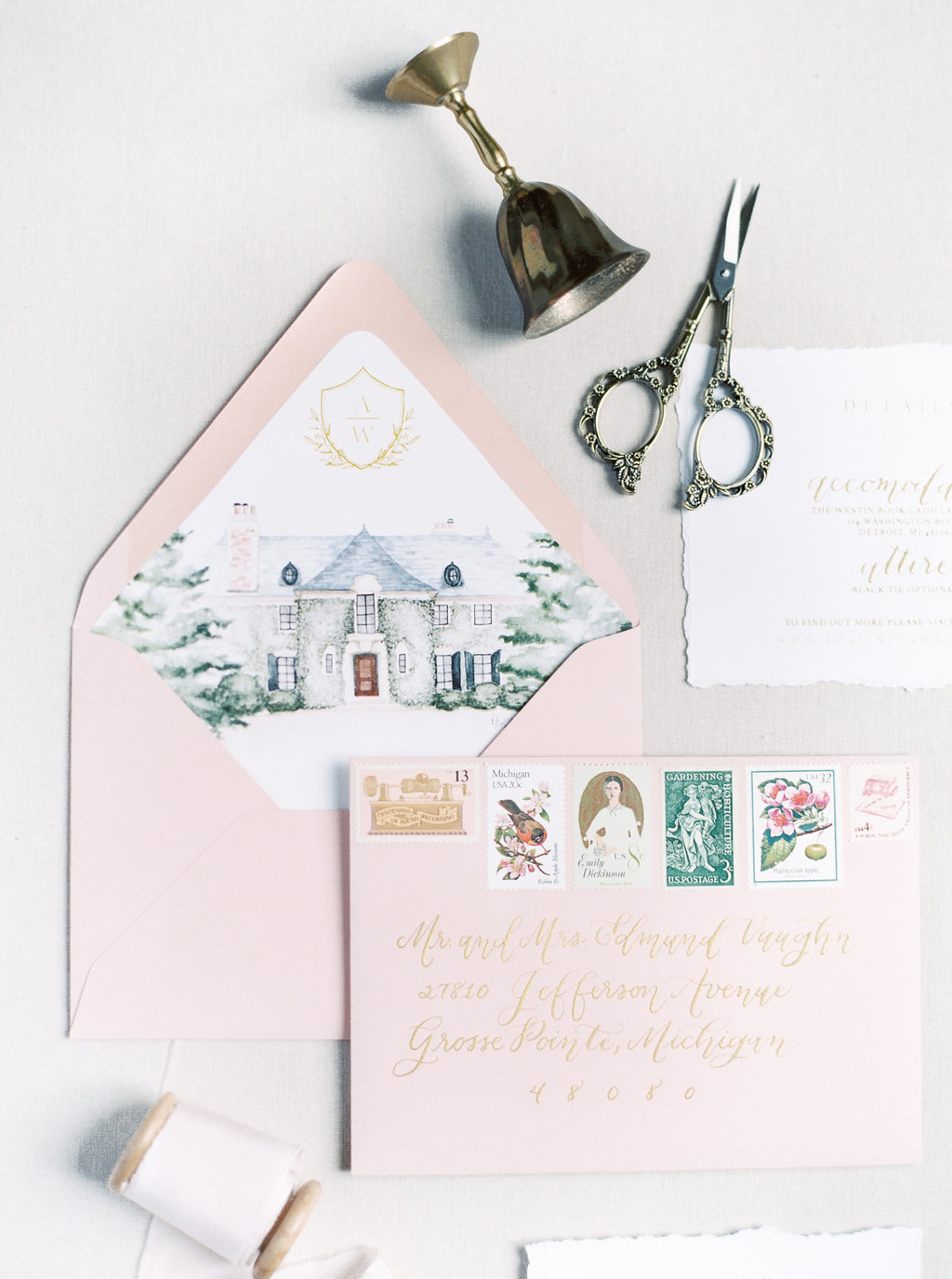 Personalize your wedding invitations with these custom and unique touches! A wedding venue illustration on your envelope liner is the perfect way to add some customized personality to your wedding suite. #customweddinginvitations #weddinginvitations #whimsicalwedding #fineartwedding #fineartdesign #venueillustration