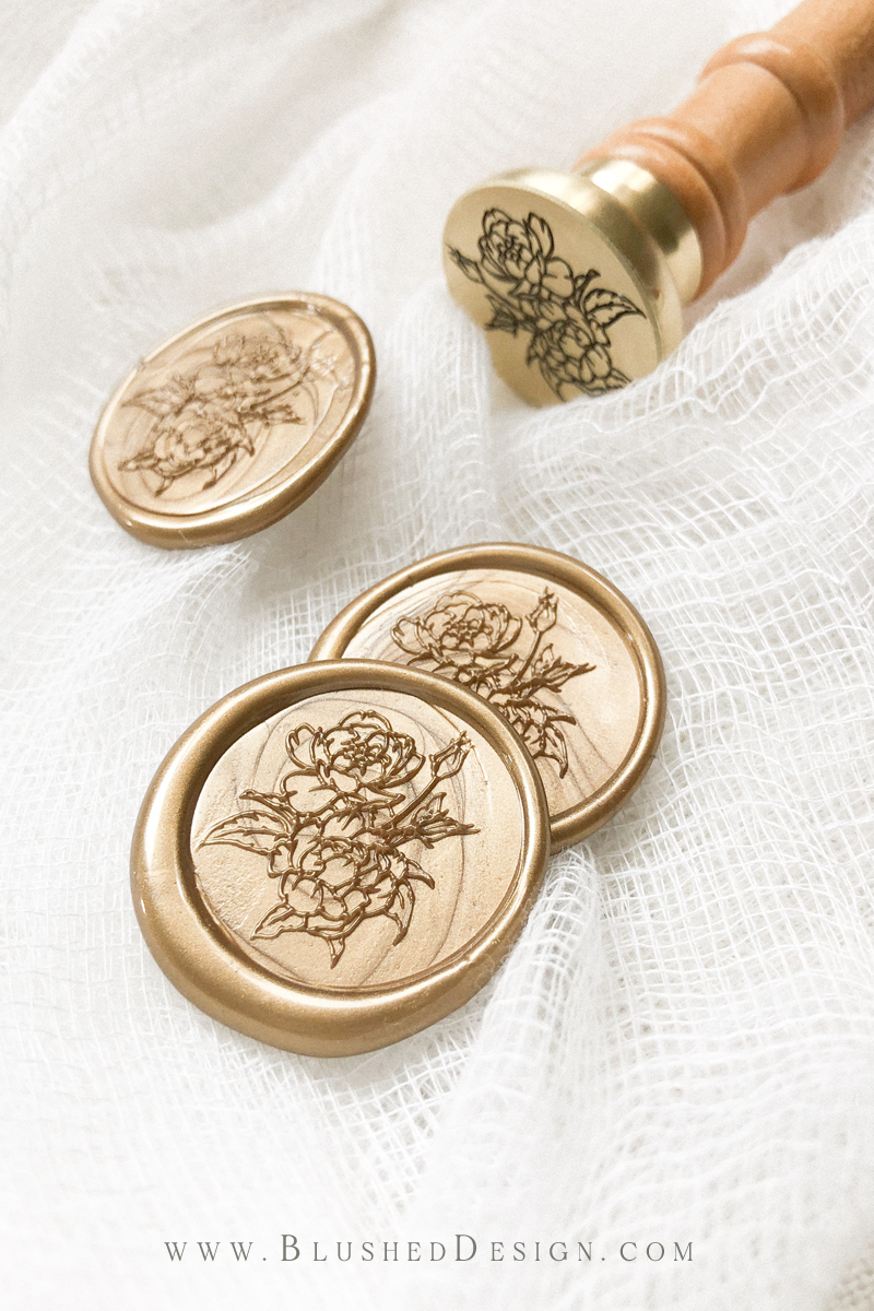 Unique botanical wax seal in a beautiful antique gold.  David Austin roses have a similar look to the romance of peonies and make an ideal wax seal for a garden wedding!  Unique wax seals for wedding invitations #romanticweddinginvitations #elegantwaxseals #waxseals #waxseal #botanicalwaxseal #flowerwaxseal