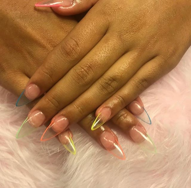 These nails tho 😍 Nails by Mandie! @man_d_nails . . . . . . #nailsofinstagram #wpbs #clevelandsalon #clevelandnails #nailtech #nailsgoals #clearacrylic #nailart #neon #neonnails #clevelandnailtech #pretty #love