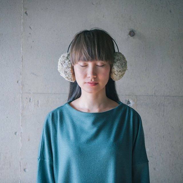 【 props 】  earmuffs   雑誌の企画で制作させて頂いた 3種類のイヤーマフ。  http://www.cabbege.com/props/  撮影:@tonamishuhei  #props #小道具 #撮影 小物 #スタイリング #sayuri  #cabbegeflowerstyling