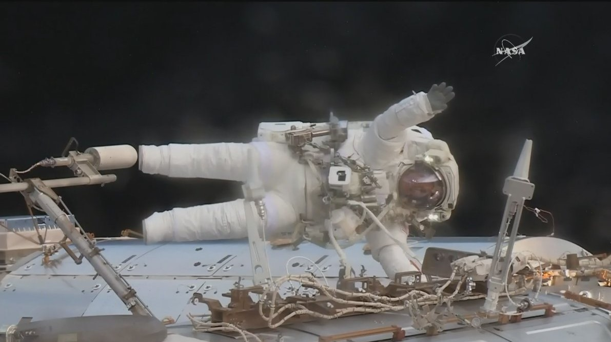 Astronaut Jack Fischer works to install two antennas on the Destiny laboratory during his second spacewalk. Photo Credit: NASA Read more at http://www.spaceflightinsider.com/missions/iss/astronauts-perform-contingency-spacewalk-replace-failed-data-relay-box/#y8igKcKYFv731Ojk.99