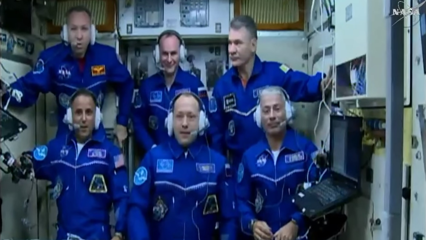 The full crew complement of Expedition 53. Top row: Randy Bresnik, Sergey Ryazansky, and Paolo Nespoli. Bottom row: Joe Acaba, Alexander Misurkin, and Mark Vande Hei. Photo Credit: NASA TV