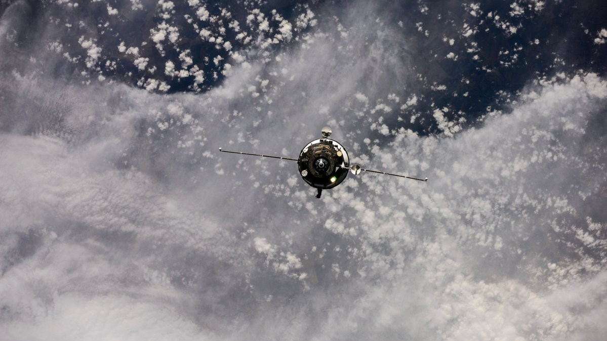 Progress MS-07 on final approach to the International Space Station. Credit: Roscosmos